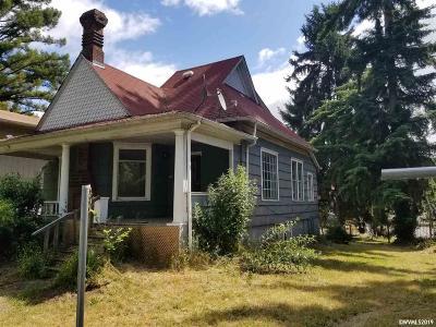 Salem Single Family Home For Sale: 1950 Water St NE