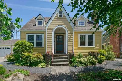 Salem Single Family Home For Sale: 584 Rose St