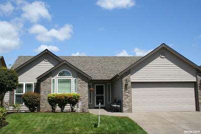 Keizer Single Family Home Active Under Contract: 949 Stonebridge Av