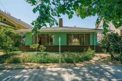 Corvallis Multi Family Home Active Under Contract: 206 & 208 NW 11th St