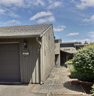Salem Condo/Townhouse For Sale: 3377 Augusta National Dr