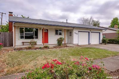Albany Single Family Home Active Under Contract: 809 34th Av