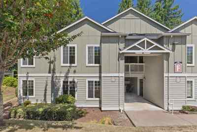 Corvallis Condo/Townhouse For Sale: 6298 SW Grand Oaks Dr (#f101)
