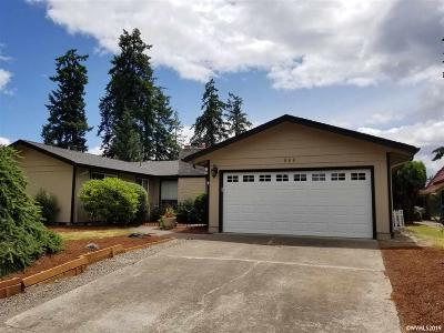 Keizer Single Family Home For Sale: 988 Nandina Ct