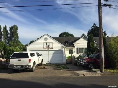 Woodburn Single Family Home For Sale: 756 E Lincoln St