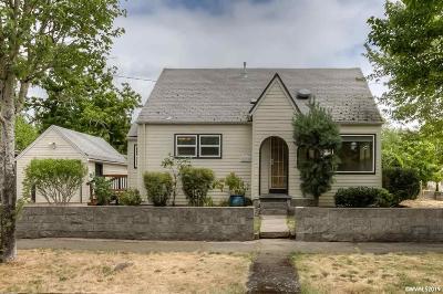 Salem Single Family Home For Sale: 1790 Capitol St