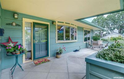 Salem Single Family Home For Sale: 2765 Bolton Ter