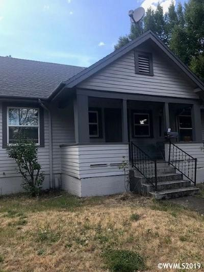Salem Multi Family Home For Sale: 1395 Liberty St