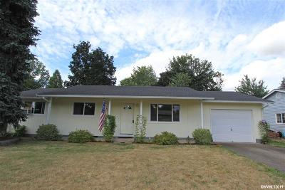 Aumsville Single Family Home Active Under Contract: 845 N 6th St