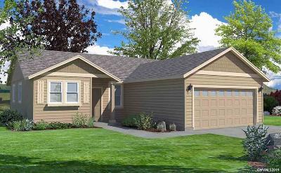 Dallas Single Family Home For Sale: 1536 SE Barberry Av