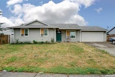 Stayton Single Family Home For Sale: 801 Hobson St