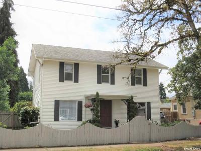 Dallas Single Family Home Active Under Contract: 241 SW Ash St