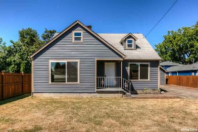 Salem Single Family Home For Sale: 2615 Front St