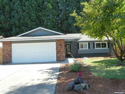 Keizer Single Family Home For Sale: 1452 Woodward St