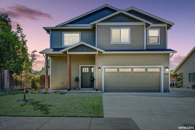 Albany Single Family Home For Sale: 3404 Oak Grove Wy