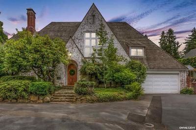 Salem Single Family Home For Sale: 460 Leffelle St
