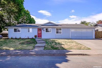 Salem Single Family Home For Sale: 1030 Denise St