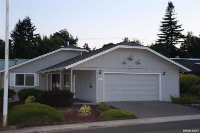 Salem Single Family Home For Sale: 2977 Twin Oak Pl