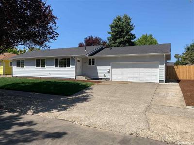 Salem Single Family Home For Sale: 3229 Wooddale Av