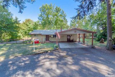 Lebanon Single Family Home Active Under Contract: 5725 S Santiam Hwy