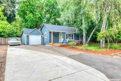 Keizer Single Family Home Active Under Contract: 4925 Fillmore St