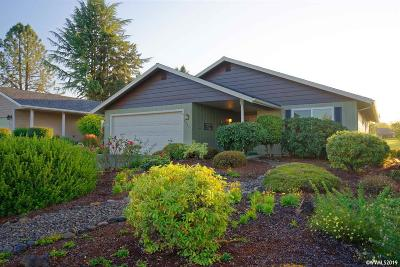 Salem Single Family Home For Sale: 3337 Walnut Pl
