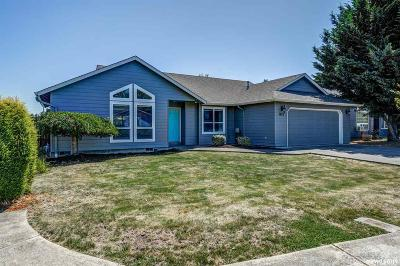 Keizer Single Family Home Active Under Contract: 7422 O'neil Rd