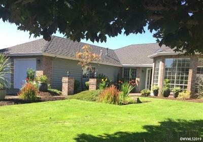 Keizer Single Family Home For Sale: 6429 Crampton Dr