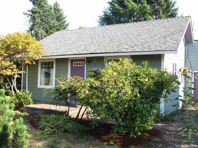 Corvallis Single Family Home For Sale: 360 SE Viewmont Av
