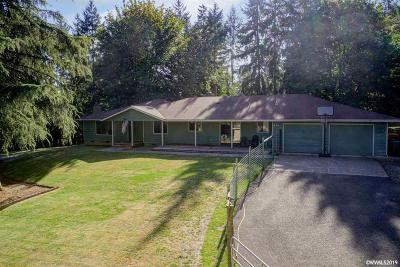 Aumsville Single Family Home For Sale: 11832 Valerie Ln