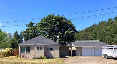 Turner Single Family Home Active Under Contract: 5267 Elm St