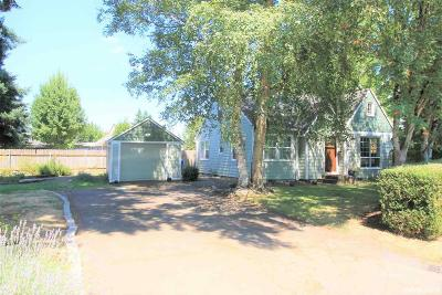 Keizer Single Family Home Active Under Contract: 4498 Cedar Av