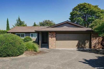 Keizer Single Family Home Active Under Contract: 368 Dorcas Dr