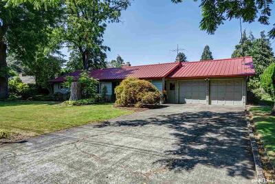 Keizer Single Family Home Active Under Contract: 693 Linda Av