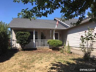 Keizer Single Family Home For Sale: 1267 Ring St