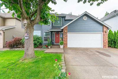 Keizer Single Family Home For Sale: 7855 St Charles St