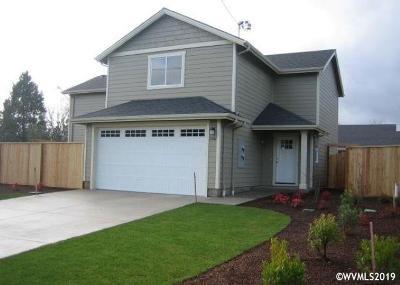Dallas Multi Family Home For Sale: 1587 SW Hayter (& 436 Oakdale) St
