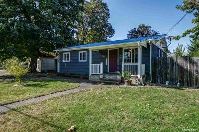 Jefferson Single Family Home For Sale: 147 Greenwood Dr