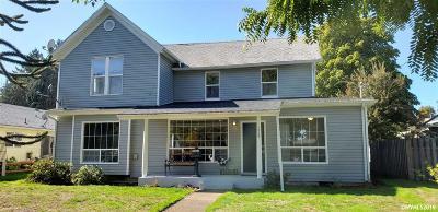 Dallas Single Family Home For Sale: 1459 SW Ellis St