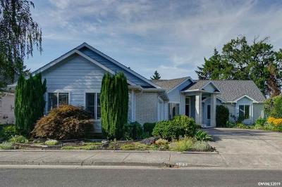 Keizer Single Family Home For Sale: 127 Cedar Bluff Cl