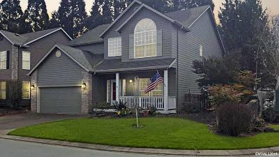 Keizer Single Family Home For Sale: 492 Lakefair Cl