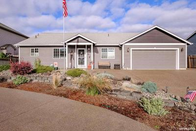 Salem Single Family Home Active Under Contract: 4322 Barley Ct