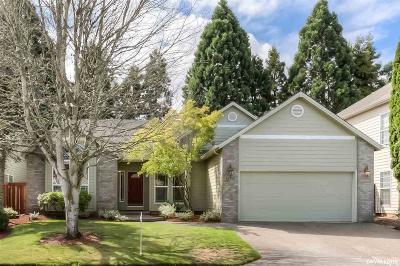 Keizer Single Family Home For Sale: 582 Lakefair Pl