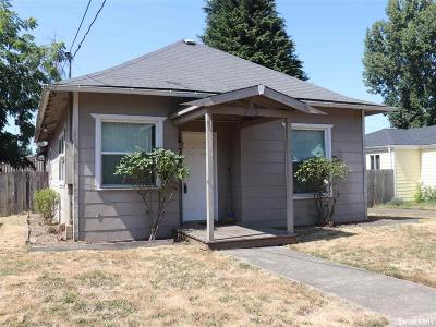 Salem Single Family Home For Sale: 375 23rd St