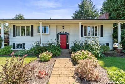 Salem Single Family Home For Sale: 6195 Pear Tree Ln
