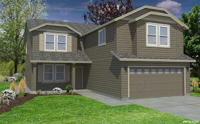 Albany OR Single Family Home Active Under Contract: $382,663