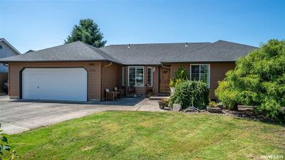 Keizer Single Family Home For Sale: 5373 Newton Ct