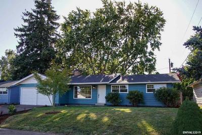 Salem Single Family Home For Sale: 615 46th Av