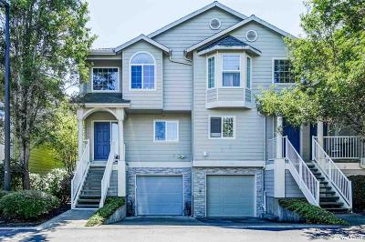 Keizer Condo/Townhouse For Sale: 352 Crystal Springs Ln