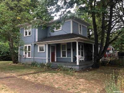 Dallas Single Family Home For Sale: 570 SW Washington St